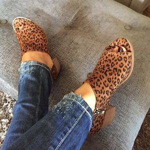 Shoes - Faux leopard animal print peep toe stacked heel